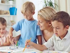 Homeschooling: i genitori che non mandano più i figli a scuola.